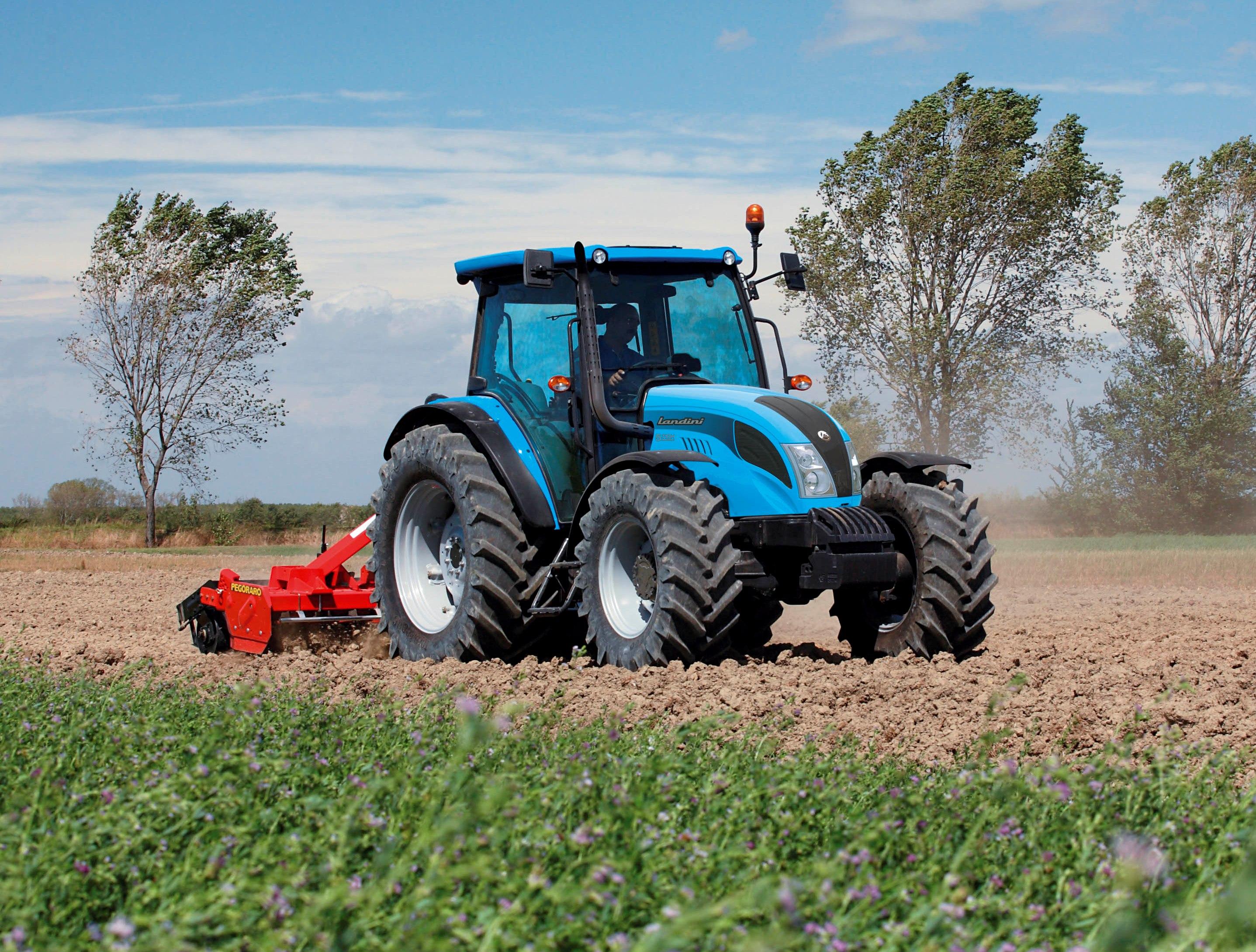 Utilaje agricole - Utilaje agricole second hand tractoare